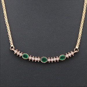 Jewelry - 18K yellow gold diamond and emerald pendant